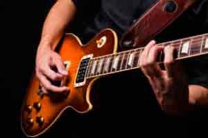 Guitarra Elétrica