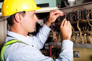 Eletricista de Rede